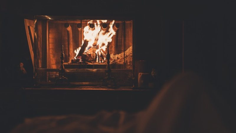 5 Key Features of the Most Popular Fireplace Screens in 2019